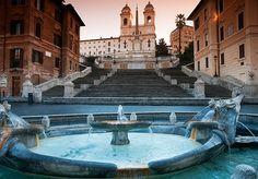 Unterkunft in einem prächtigen, klassisch eingerichteten Hotel im Zentrum von Rom, mit einer Dachterrasse mit Blick auf die Stadt