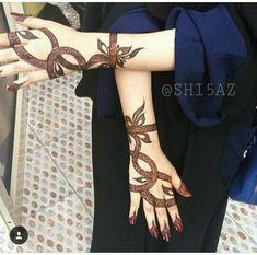 Women Beauty: 100 Unique and Perfect Piece Of Latest Unique Mehandi Designs Mehndi Designs Feet, Khafif Mehndi Design, Henna Art Designs, Mehndi Designs For Girls, Stylish Mehndi Designs, Mehndi Design Pictures, Wedding Mehndi Designs, Mehndi Designs For Fingers, Beautiful Henna Designs