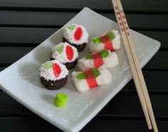 sushi cupcakes. other ideas on the link include sushi brownies, angel food cake & rice crispy treats  #party #saucyssprinkles