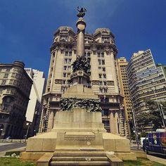 Monumento Glória Imortal aos Fundadores da Cidade de São Paulo - Pátio do Colégio