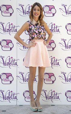 ADN Fashionista >>> Martina Stoessel | E! Online Latinoamerica | Mexico