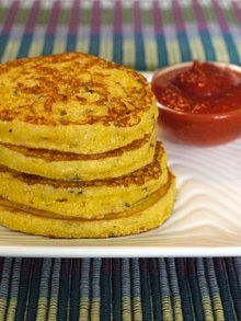 *Italian Parmesan Corncakes | Weelicious. Really tasty. I think the marinara makes it for Anders. Good and quick.