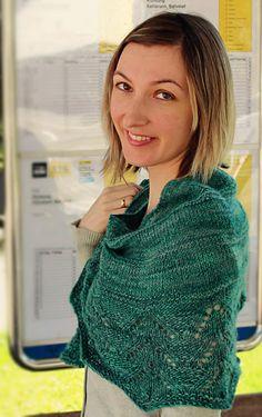 Twist Again shawl: Knitty.com - Deep Fall 2014