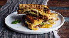 To build a more nutritious grilled cheese sandwich, swap butter for olive oil and pack in plenty of fruits and veggies. These recipe ideas show you how. Grill Cheese Sandwich Recipes, Grilled Cheese Recipes, Healthy Sandwiches, Healthy Dip Recipes, Healthy Dips, Healthy Grilling, Healthy Cooking, Cooking Recipes, Low Sodium Snacks