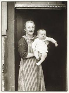 August Sander Working Class Mother, 1927