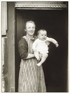August Sander Working Class Mother, 1927