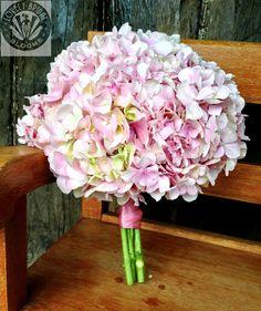 Ramo de hortensias novia
