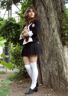 30 Wonderful Hermione Cosplays That Will Blow Your Senses School Girl Dress, School Uniform Girls, Girls Uniforms, School Uniform Fashion, School Uniforms, Hermione Costume, Hermione Cosplay, Sexy Outfits, Girl Outfits