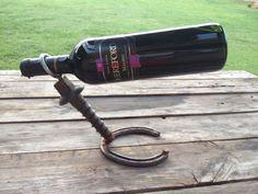 Porta vino herradura y tornillo de ferrocarril