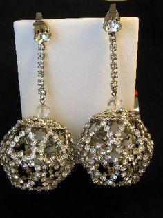 Amazing Enormous Vintage Rhinestone Heart Cage Earrings #vintageearrings #rhinestoneearrings #heartearrings  $139.00