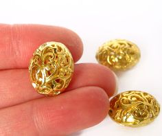 10pcs Filigree oval 16mm x 13mm bright gold charm by valerval