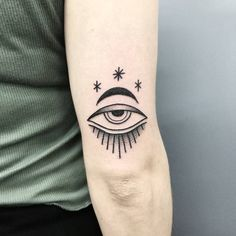 REAL EYES REALIZE REAL LIES Thank you Justine for this lil but cute tattoo ❤ #eugeniekasher #tattookasher #cosmictattoo #withlove