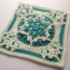 Ravelry: Blizzard Warning! pattern by Polly Plum