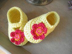 crochet baby shoes  www.tjeempie.com
