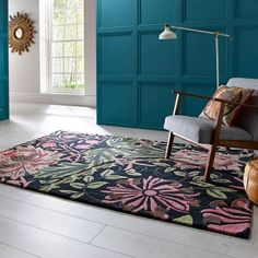 V&A Honeysuckle Black Rug is a contemporary take on a classic design. Handmade by artisans, this wool/viscose rug is skilfully tufted & finished to create a dense pile & finished with soft shimmering highlights to accentuate the beautiful pattern. Modern Chairs, Modern Furniture, Furniture Design, Affordable Rugs, Motif Floral, Floral Patterns, Black Rug, Indoor Outdoor Area Rugs, Arts And Crafts Movement