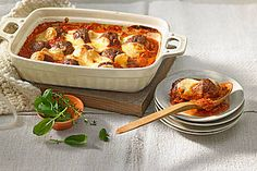 Hackbällchen Toscana Meatballs Toscana, a delicious recipe from the category Vegetables. Bbq Beef Brisket Recipe, Incredible Recipes, Le Diner, Sausage Recipes, Whole 30 Recipes, Lunches And Dinners, Main Meals, Grilling Recipes, Soul Food