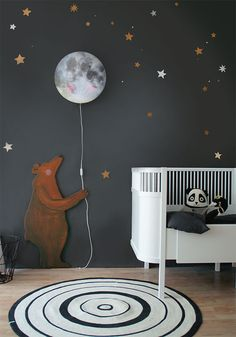 Sleepy Moon wall lamp smiles all night because she knows who are stargazing when the light is switched on! Available at www.hartendief.com for 59,95 euro. #moon #smile #bear #deer #owl #fox #kids #nursery #new #walllamp #nurserydecor #interior #lamp #hartendief #hartendieftips The Big Bear wall decal will be available soon at our Hartendief webshop!