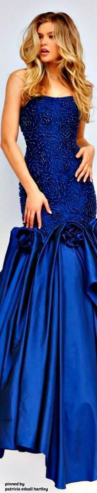 Imgend - Picture this Only Fashion, Blue Fashion, Evening Dresses, Prom Dresses, Blue Dresses, Long Dresses, Pretty Dresses, Prom Dress Couture, Beautiful Gowns
