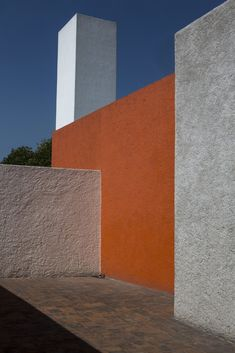 Finding Mexico City, and Luis Barragán, Again - NYTimes.com
