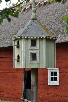 Old charm bird house