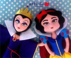 Branca de Neve e sua Madrasta. #feltro #artesanato #felt #brancadeneve #madrasta #evilqueen