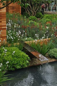 I had made my pilgrimage to London for the annual RHS Chelsea Flower Show –. Garden Pond Design, Terrace Garden, Water Garden, Outdoor Water Features, Water Features In The Garden, Backyard Water Feature, Garden Fountains, Chelsea Flower Show, Diy Garden Decor