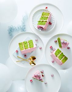 Pistachio cake with vanilla syrup and raspberry mascarpone