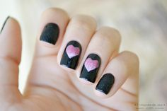 Twin hearts nail art