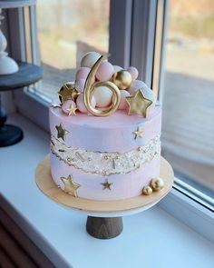 Buttercream Cake, Fondant Cakes, Cupcake Cakes, Fondant Bow, 3d Cakes, Fondant Tutorial, Fondant Flowers, Fondant Figures, Cake Icing