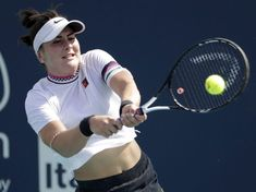 Injury sidelines Bianca Andreescu from playing for Canada in Fed Cup Blue Jays Game, Fed Cup, Toronto Fc, Davis Cup, Tennis World, Shoulder Injuries, Tennis Stars, Tennis Players, Disappointed