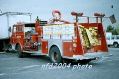 1983 Mack hose wagon Maxi-Water Unit replaced the Super Pumper System pumpers and citywide Fire Dept, Fire Department, Old Police Cars, Fire Fighters, Mack Trucks, Fire Apparatus, Evening Sandals, Emergency Vehicles, Fire Engine