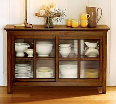 Kitchen Cabinets Decor, Home Decor Kitchen, Kitchen Furniture, Furniture Decor, Diy Home Decor, Kitchen Design, Furniture Design, Crockery Cabinet, Dinner Room
