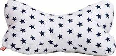 """Kissen """"blaue Sterne auf weiß"""" unsere traumhaften Saunakissen eignen sich sowohl für die Couch zum Entspannen als auch für die Sauna. Oder möchten Sie weiterhin auf harten Brettern mit Ihrem Kopf liegen?  Stoffart: 100 % Baumwolle..."""