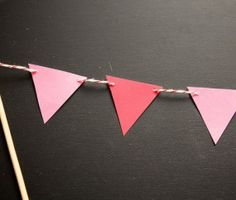 Make a banner with your baker's twine (tutorial)