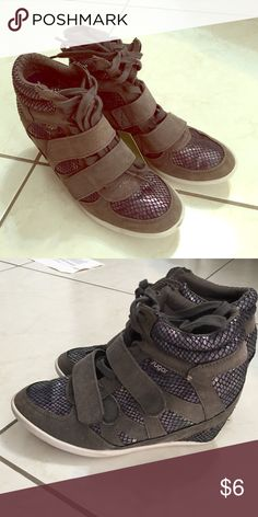 Wedged Sneakers by Sugar size 6 Cute! Sugar Shoes Athletic Shoes