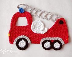 Crochet Car, Crochet Bunting, Crochet For Boys, Crochet Gifts, Cute Crochet, Vintage Crochet, Crochet Toys, Crochet Applique Patterns Free, Crochet Flower Patterns