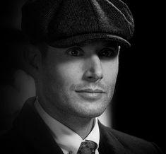 Dean looking at you like you told a dirty joke in a roomful of nuns. Michael Supernatural, Supernatural Season 14, Supernatural Pictures, Supernatural Destiel, Jensen Ackels, Jensen Ackles Jared Padalecki, Jared And Jensen, Dean Winchester, Winchester Brothers