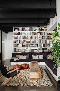 white black color combinations for living rooms