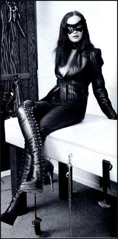 Countess Anne Femdom 74