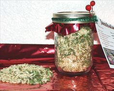 Jambalaya Mix in a Jar. Another neat food gift alternative for Christmas.