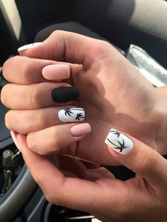 pretty matte nail art designs ideas spring 2019 page 34 - Beauty Home - Dream Nails - Nageldesign Nail Design Glitter, Cute Spring Nails, Nail Summer, Nail Ideas For Summer, Pretty Nails For Summer, Summer Trends, Cute Easy Nails, Cool Nail Ideas, Cute Easy Nail Designs