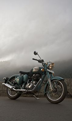 Bullet Classic 500 shoot for BBC Top Gear India by Andre Rodrigues, via Behance
