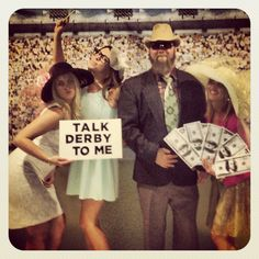 Kentucky Derby Party. CUTE photo booth idea!                                                                                                                                                                                 More