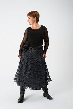 Ravelry: Raven Tail pattern by Lena Rodina