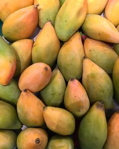 Mangoes are rather a weakness! Gonna stuff in today  #eatoutdevout