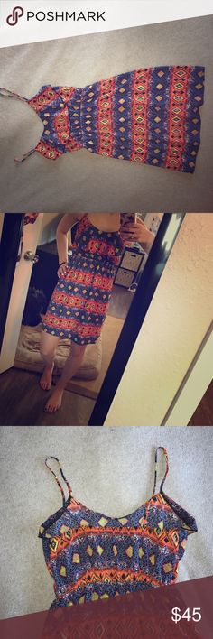 Summer dress Fun bright summer dress! Had been worn only once and is in great condition. Super cute to spice up your summer! Falls a few inches above the knees. Dresses Mini