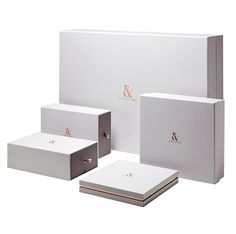 Retail encompasses a wide range of formats, from bespoke boxes, to rope or ribbon-handle bags, custom swing tags, and branded tissue paper. Scarf Packaging, Tea Packaging, Brand Packaging, Packaging Ideas, Clothing Packaging, Jewelry Packaging, Paper Bag Design, Luxury Packaging, Luxury Branding