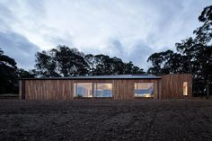 Gallery of Two Halves / Moloney Architects - 9