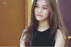 Choi Yoojung, Kim Doyeon, Cool Face, Kim Jennie, Meme Faces, Girl Crushes, Korean Singer, Kpop Girls, Girlfriends