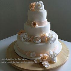 2015-06-10 Meinigkeiten Wedding Cake